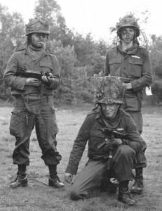 Grenadiers 05A Jan Kooy Roes en Ros (Small)
