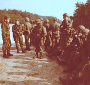 Grenadiers 48A Schieten met de punt 50 (Small)
