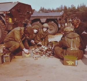 Grenadiers 50A Hulzen rapen (Small)