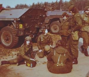 Grenadiers 51A Hulzen rapen (Small)