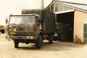Grenadiers De 121 De BHP daf YA 4440 GNKpel. 11 Painfbat Garde Grenadiers 1988